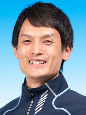 川 崎  誠 志