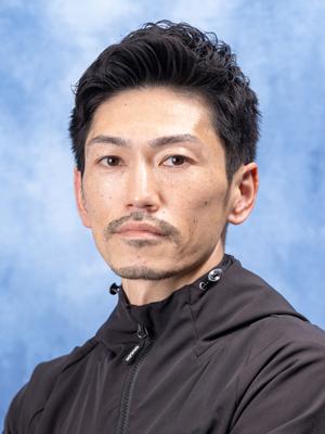 渡 辺  浩 司